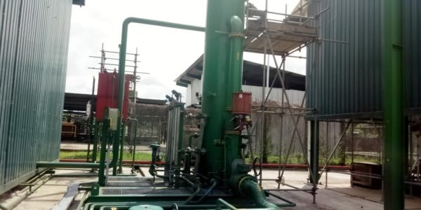 Inlet Knock-out Vessel with Pipelines & Cable tray